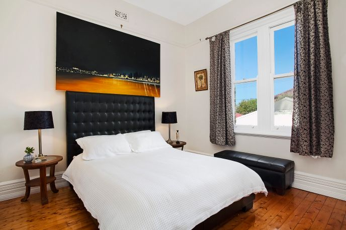 Augusta_Road_6_Manly_(Bedroom)