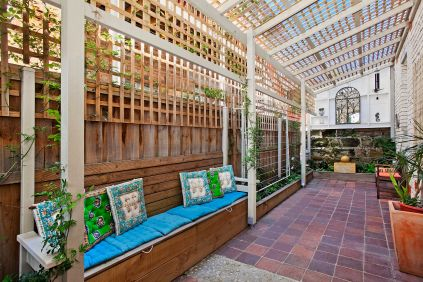 Augusta_Road_6_Manly_(Courtyard)