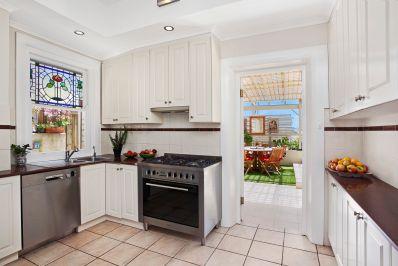 Augusta_Road_6_Manly_(Kitchen)